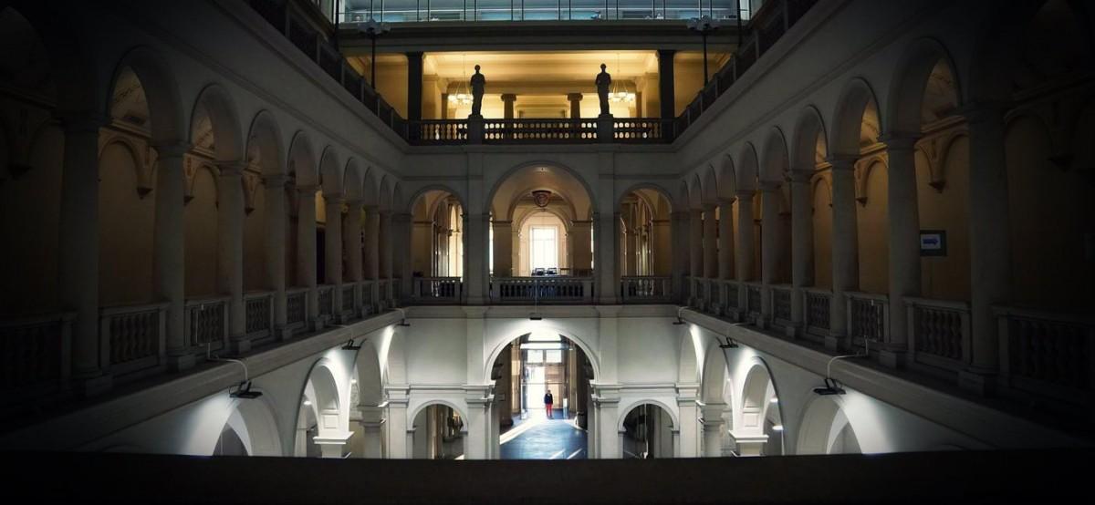 Universitaeten und Akademien